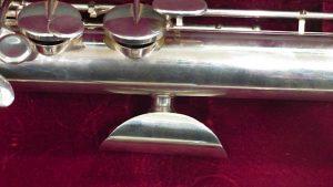 Custom crutch for Jupiter Bass flute made by Steve Deutsch