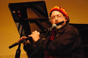 Steve Deutsch Performing with Omar Sosa